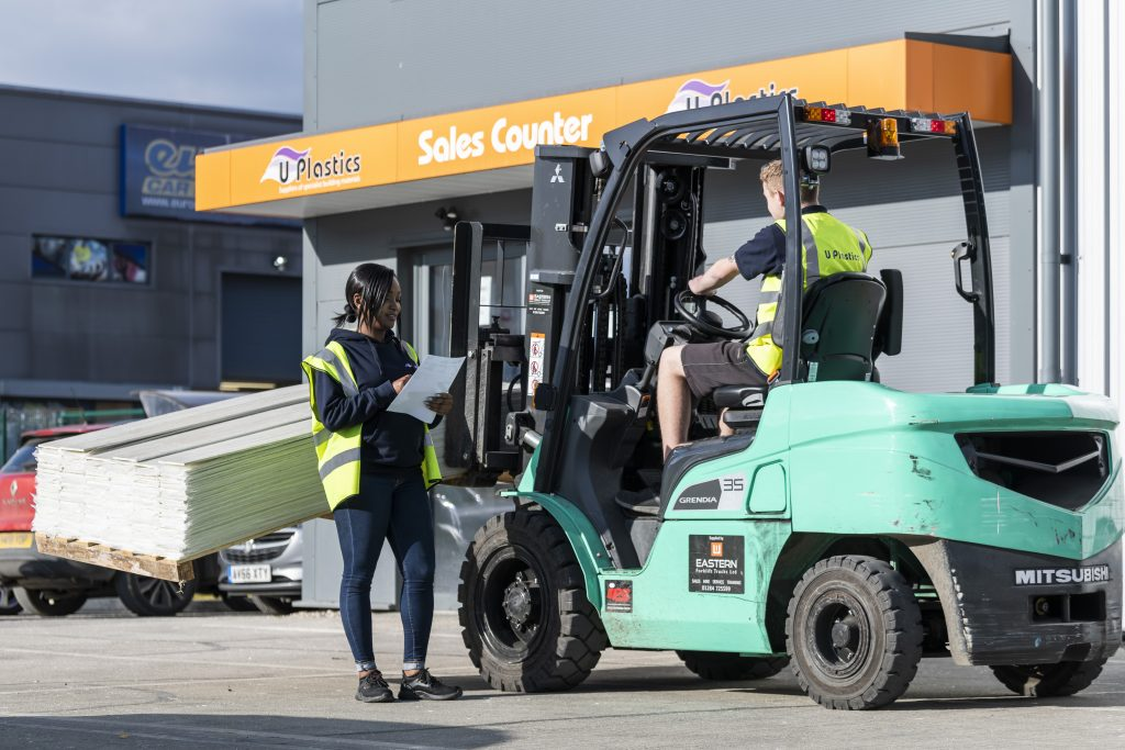 Ipswich Branch External - with Forklift